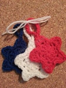 Star Shaped Face Scrubbies with Strap Crochet Pattern  free crochet pattern from cRAfterChick.com
