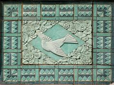 Art Deco Bird Art deco ornamentation on a building on West Elm Street at State Street in Chicago Illinois. For a view of the top of the building (upclose pic of tiles from the previous pin) Tile Art, Mosaic Tiles, Tile Murals, Art Et Architecture, Art Nouveau Tiles, Art Anime, Art Deco Buildings, Art Deco Pattern, Art Deco Furniture