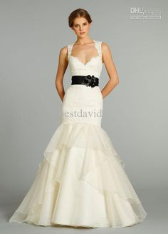 keyhole back wedding dress - Google Search