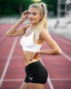 Picture of Alica Schmidt Classy Women, Fit Women, Sexy Women, Schmidt, Sexy Teenager, Looks Pinterest, Girls Are Awesome, Beautiful Athletes, Athletic Girls