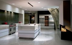 Pin By Tom Diverio On Saks In 2020 Luxury Kitchens Modern