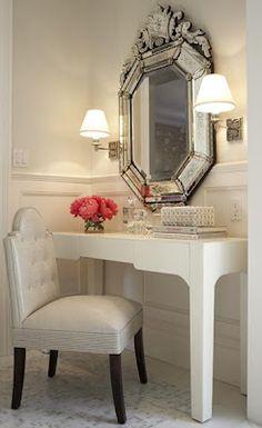 dressing table    Yvonne Fimbrez-Valenzuela via Glenda Baker onto For the Home - decorating ideas, Paint Tips and more