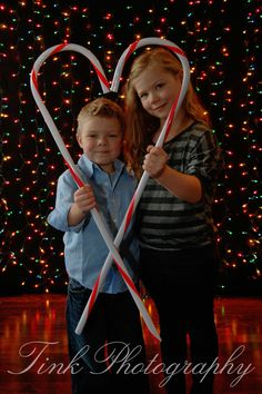 Christmas Mini Shoot     Facebook.com/PhotographybyTink
