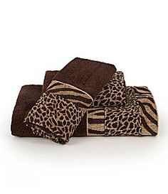 Animal print towels...another thing I want to buy for my bathroom!