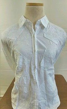 Women's Chico's Design Embroidered White Button Down Size 0