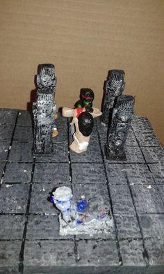 Templo Prehispánico, técnica de papel maché.