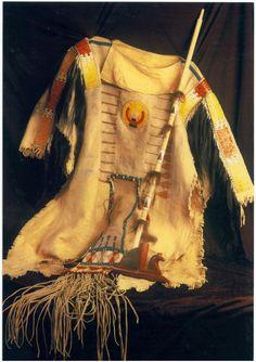 Native American Shirts, Native American Artifacts, Native American Beadwork, American Indians, Native Art, Spirit, War, Coats, Clothes