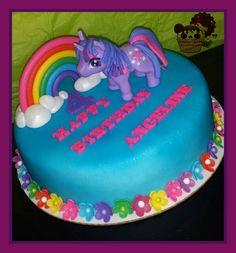 My little pony twilight sparkle cake!