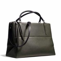 Coach large Borough in alpine moss