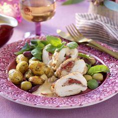 Örtfylld kycklingfilé och pestopotatis Antipasto, Pesto, Risotto, Potato Salad, Ethnic Recipes, Food, Lasagna, Essen, Appetizer