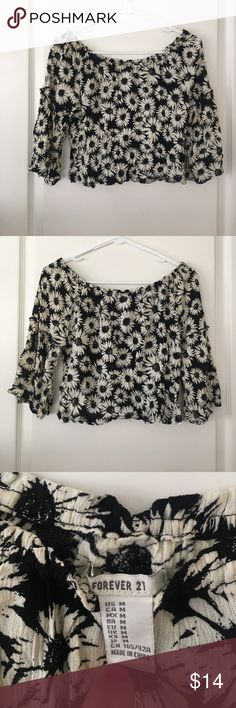 Daisy crop top, off the shoulder shirt Very cute! Off the shoulder, crop top, with bell sleeves! Forever 21 Tops Crop Tops
