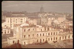 Warsaw, after the German bombardment. Location:Warsaw, Poland Date taken:October 1939 Photographer:Hugo Jaeger Warsaw Uprising, Vintage Photos, Paris Skyline, Nostalgia, City, German, Warsaw Poland, Travel, Bridges