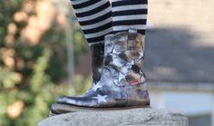 REVIEW: Shoesme zilveren laarzen met soepele crêpezolen en metallic sterren gespot op girlslabel.com