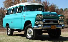 1958 Chevy Suburban.  Would love to have one of these.