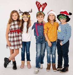 Naše zlatíčka sa už tešia na Vianoce... ❤  Aj vy? 😊#oteckovia #tvmarkiza #izabelkagavornikova #lauragavaldova #marosbanas #tobiaskral… Idol, Mary, Celebrity, Film, Youtube, Vintage, Instagram, Style, Fashion