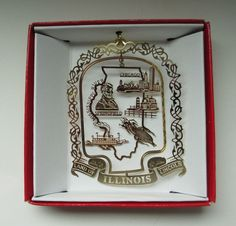 COLLECT THEM EVERYWHERE YOU TRAVEL OR LIVE.  GREAT MEMORIES WHEN YOU HANG THEM ON THE CHRISTMAS TREE EACH YEAR!  Illinois State LINCOLN Christmas Ornament Chicago Springfield Mississippi River