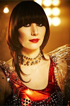 Yeah Yeah Yeahs - Karen O - This lady is such a effin star! Billie Holiday, Mazzy Star, Bowl Haircuts, Karen O, Rocker Girl, Long Hair Cuts, Short Hair, Music Icon, Female Singers