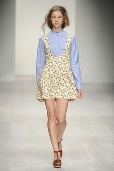 Kinder Aggugini RTW Spring 2013 - Runway, Fashion Week, Reviews and Slideshows - WWD.com