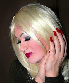 heavy make up cd slut