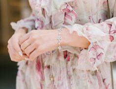 Lily Cluster by Harry Winston, Diamond Bracelet in Platinum Jewelry Ads, Jewelry Trends, Jewelry Accessories, Jewelry Design, Jewellery, Harry Winston, Delicate Jewelry, Diamond Jewelry, Bloom