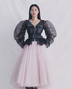 Couture Fashion, Runway Fashion, Boho Fashion, Fashion Models, Fashion Dresses, Fashion Design, Jun Ji Hyun, Blush Tulle Skirt, Vogue Korea