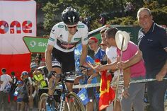 Tom Dumoulin does what he has to do to survive on stage 16