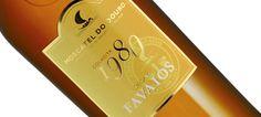 O crítico de vinhos e apresentador de televisão Olly Smith escolheu o Moscatel 1980 da Adega Cooperativa de Favaios, na categoria dos vinhos fortificados, entre as 50 melhores marcas de vinhos portugueses à venda no Reino Unido.
