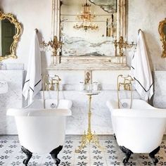 Luxury bath at the ornate Coqui Coqui Merida hotel, Mexico