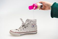 Natural Cleaning Products, Chuck Taylor Sneakers, Clean House, Cleaning Hacks, High Top Sneakers, Shoes, Clean Clean, Science, Fresh