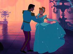 Top 10 Romantic Disney Moments