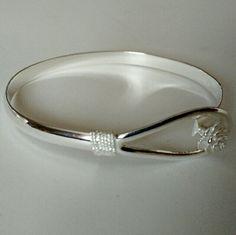 Cuff bangle. Lovely fashion silver circle flower rose cuff bangle jewelry. No Trade. No Hold. No PayPal. Jewelry Bracelets