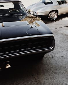 Dodge Charger '70 vintage muscle car. Via Mija