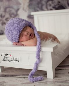 Newborn Photography Bed Prop with Mattress by TurtlePondWoodWorks, $85.00