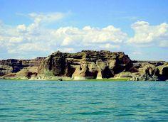 Bluffs of Entrada Sandstone above Wahweap Bay on Lake Powell, Kane County, Utah -  Photographer: Lance Weaver