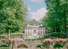 Swan House Mansion Engagement - http://www.jenniferblairblog.com/?p=10574