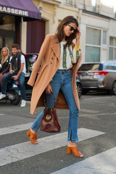 Skinny Jeans Are No More: Vogue Champions The Stiff Denim Trend (Vogue.co.uk)