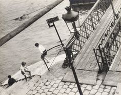 PARIS, CHILDREN PLAYING BY THE SEINE, 1931 Ilse Bing American, born in Germany, 1899–1988 gelatin silver print 8.75 x 11 inches (22.22 x 26.95 cm) Acquired with funds provided by Milly Kaeser in honor of Fritz Kaeser and the Walter R. Beardsley Endowment for Modern and Contemporary Art 2000.029