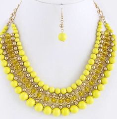 Collar amarillo
