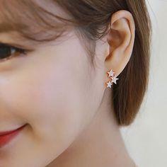 Cheap Shining Sterling Silver Wild Star Zircon Women's Earrings Studs For Big Sale! Jewelry Design Earrings, Gold Earrings Designs, Tiny Stud Earrings, Simple Earrings, Necklace Designs, Women's Earrings, Jewelry Accessories, Fancy Jewellery, Gold Jewellery Design