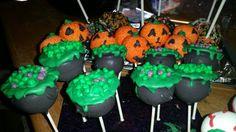 Halloween cake pops. Cauldron cake pops