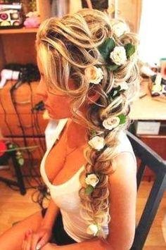 frisuren lange haare halboffen geflochten - http://www.promifrisuren.com/frisuren-2015/frisuren-lange-haare-halboffen-geflochten/