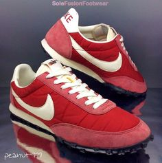 f2b9d42886c NIke Mens Waffle Racer Red White Trainers sz VNTG Sneakers US Rare in  Clothes