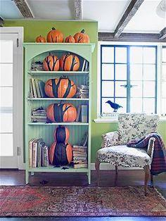 HOW COOL IS THIS?! Painted pumpkin 'tree' bookshelf!  Photo: Dana Gallagher