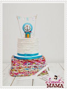 Doraemon ruffled cake, by Sweetmama.