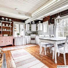 ennen ja jälkeen,sisustushaaste,romanttinen,tupa,keittiö