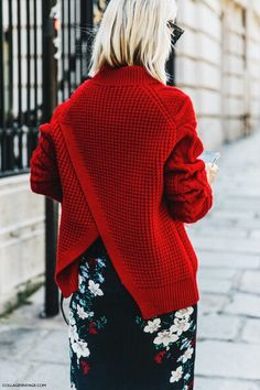 Red asymmetric knitted jumper with floral skirt - Outfit inspiration
