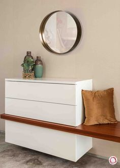 apartment inspiration flat_shoe cabinet Store them away with the rest of the furniture in the w Foyer Design, Home Room Design, Shoe Cabinet Design, Shoe Storage Cabinet, Small Shoe Cabinet, Flat Interior Design, Fresh To Go, Home Entrance Decor, Rack Design