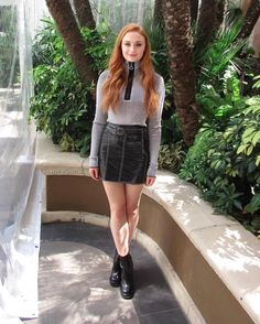 Sophie Turner wears Edun to the Hollywood Foreign Press Conference on Game of Thrones season 6 (April 11, 2016)