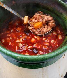 Chana Masala, Chili, Soup, Ethnic Recipes, Chile, Chilis, Soups, Chowder