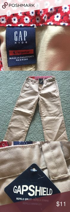 Gap Kids 5 Regular Khakis NWT!  Perfect for casual wear or school uniforms! GAP Bottoms Casual